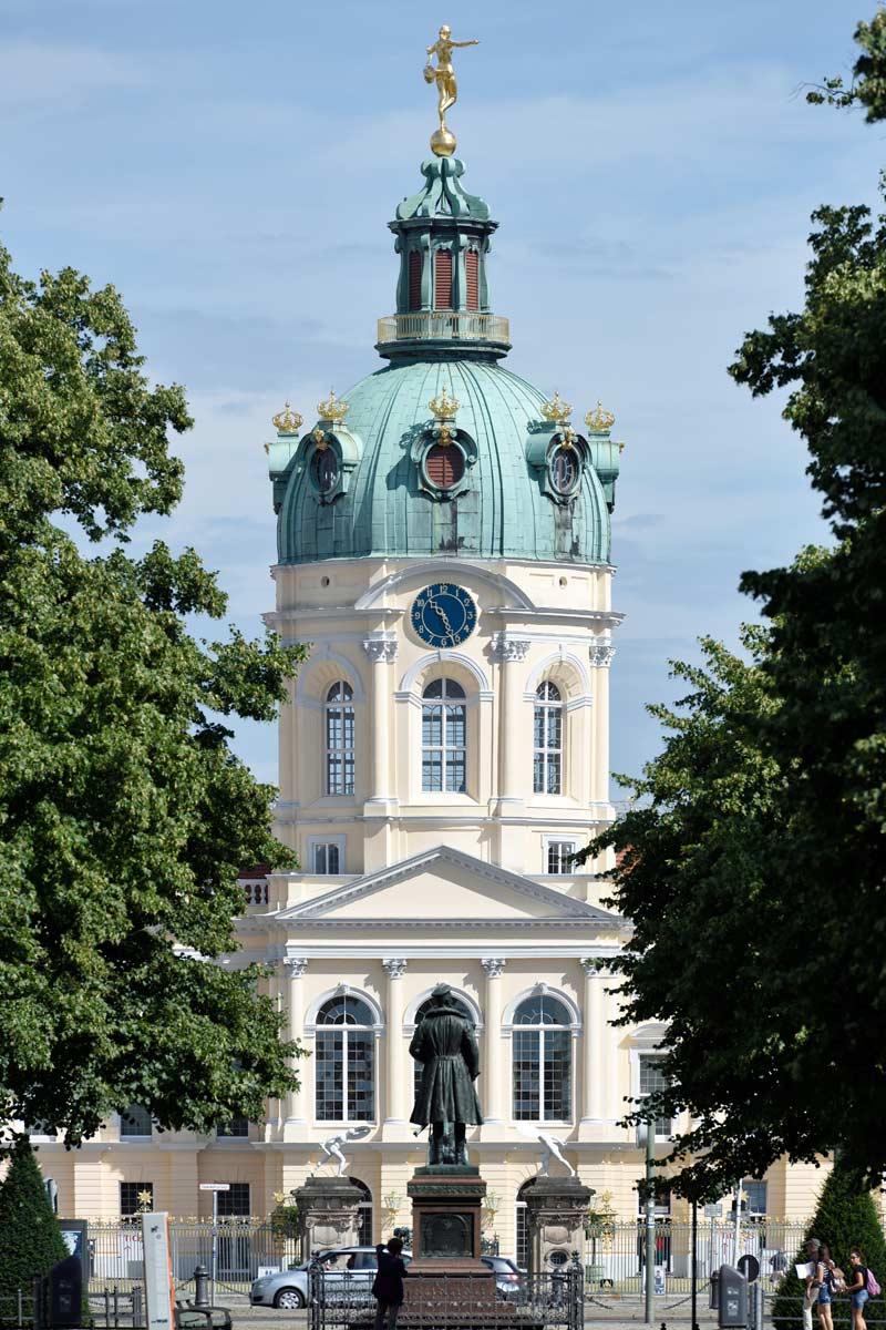Schloss Ansicht. Foto: St. Melchior